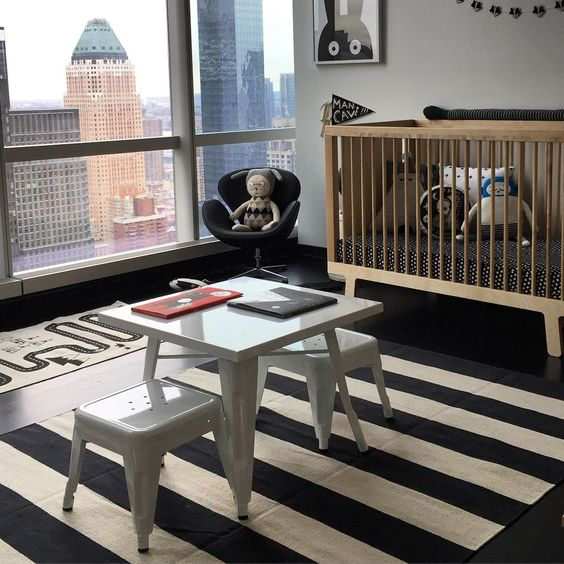 Monochrome, kids Bedroom Design by Dad