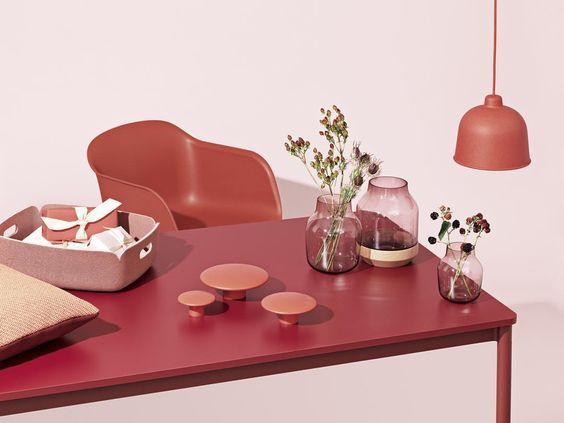 Muuto styled table setting in red and coral, interiors pinkish colour trends for spring 2016