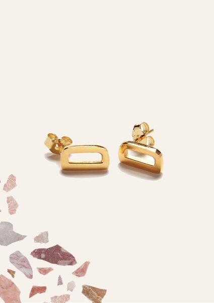 Alphabet Earring Gold (Half Pair)