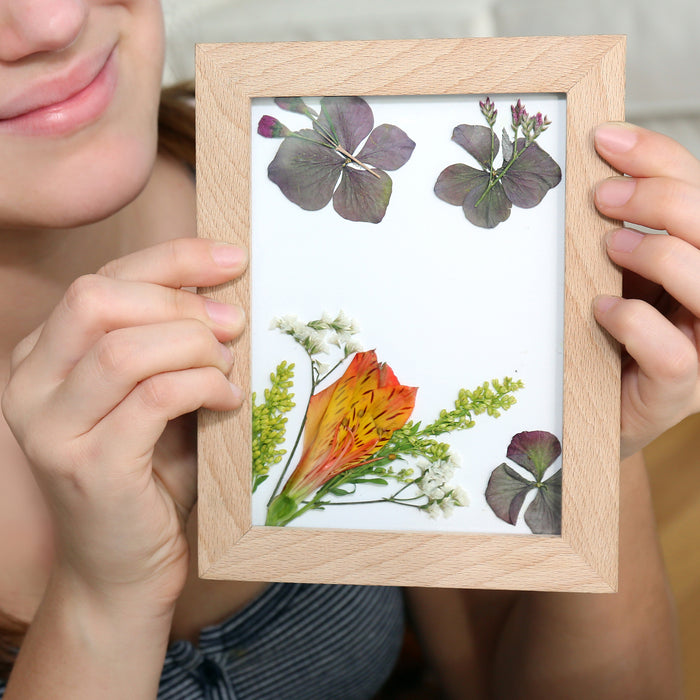 Huckleberry Make Your Own Pressed Flower Frame Art
