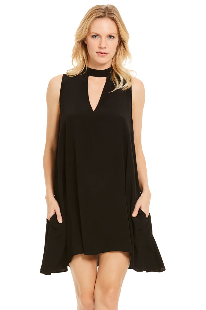 Elan Sleeveless Keyhole Dress