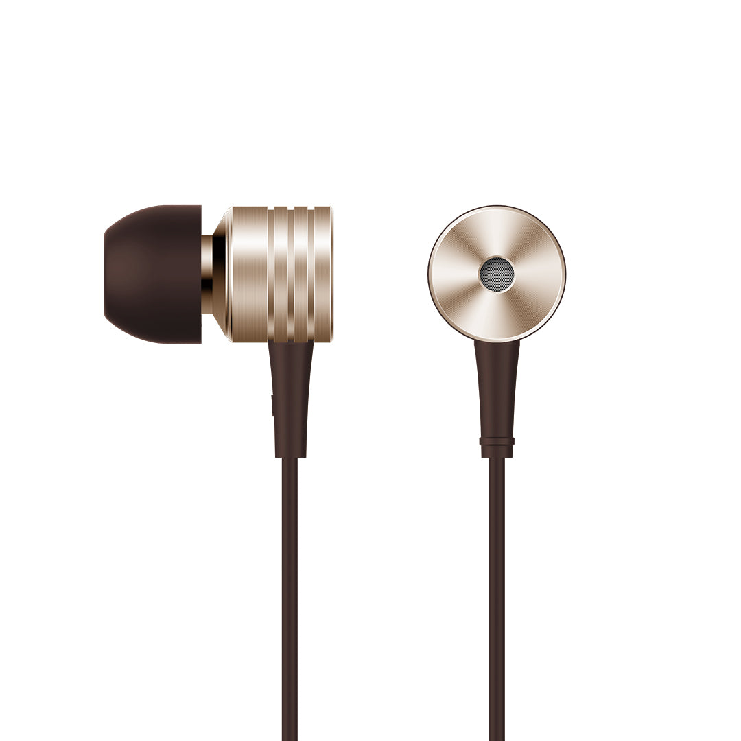 1MORE Piston Classic In-Ear Headphones (Space Gray) <div class= shogun-root  data-shogun-id= 5fb242a11917ad007113cd06  data-shogun-site-id= 1aee44cd-410e-4fe8-a51b-cfc60e761bee  data-shogun-page-id= 5fb242a11917ad007113cd06  data-shogun-page-version-id= 5fe5a7d9392cad005c046b89  data-shogun-platform-type= shopify  data-shogun-variant-id= 5fe5a7d9392cad005c046e91  data-region= main >    <script type= text/javascript  src= https://lib.getshogun.com/lazysizes/2.0.0/shogun-lazysizes.js  async></script>  <div id= s-8b184ded-dd79-4051-9e49-2d157b949010  class= shg-c   >   <div class= shg-rich-text shg-theme-text-content > <div style= width: 100%; margin: auto; padding-bottom: 10px; ><img class= shogun-image  shogun-lazyloaded  src= https://i.shgcdn.com/55303c05-49e6-450c-9e84-63bdad006299/-/format/auto/-/preview/3000x3000/-/quality/lighter/  alt=   width=   height=   data-src= https://i.shgcdn.com/55303c05-49e6-450c-9e84-63bdad006299/-/format/auto/-/preview/3000x3000/-/quality/lighter/ ></div> <ul> <li style= line-height: 20px; > <strong>Level </strong><strong>up</strong><strong>Your Beats: </strong>Titanium diaphragm combined with the PET coating squeezes every detail out of your music and the optimized tuning ensures balanced soundstage.</li> <li style= line-height: 20px; > <strong>Clear Phone Call</strong>: The built-in MEMS microphone located right below your jaw achieves crystal-clear phone calls as if you were talking face to face.</li> <li style= line-height: 20px; > <strong>Durable Cable:</strong>Kevlar fiber core wrapped by nylon braided housing ensures your cable is tangle-free and durable for extended usable life.</li> <li style= line-height: 20px; > <strong>Premium </strong><strong>Earbuds</strong>: The aluminum earbuds are meticulously crafted with a proprietary CD texture, providing a futuristic aesthetic and the anodized coating process ensures long-lasting color.</li> <li style= line-height: 20px; > <strong>Convenient In-line Control</strong>s: The in-line