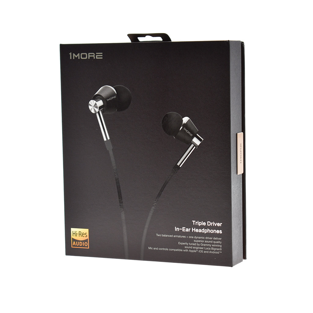 Isolation Audio Headphones Having On Headphones Volume Control Wiring