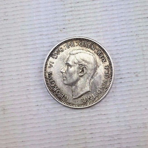 1939 australia shilling - Nice Remaining Detail - Silver Australia Coin