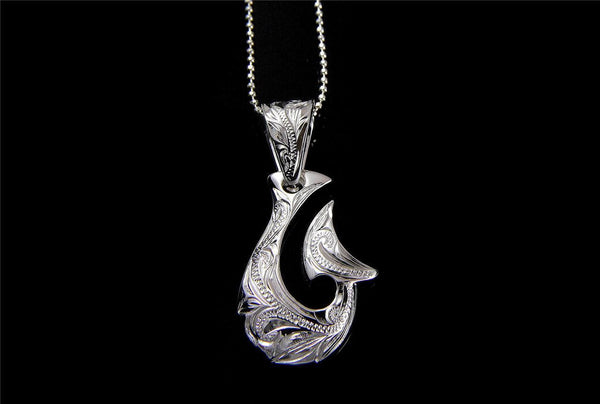 SILVER 925 HAWAIIAN SCROLL ENGRAVED FANCY FISH HOOK PENDANT EXTRA HEAVY 17.5MM (FH-21)
