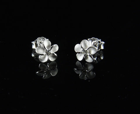 STERLING SILVER 925 HAWAIIAN PLUMERIA FLOWER STUD POST EARRINGS 6MM (PE-1)