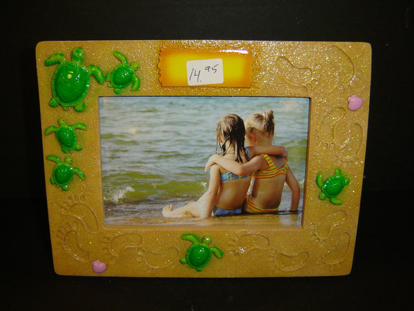 Turtle / Footprint with sparkle sand 4 x 6 picture frame (PF-11)