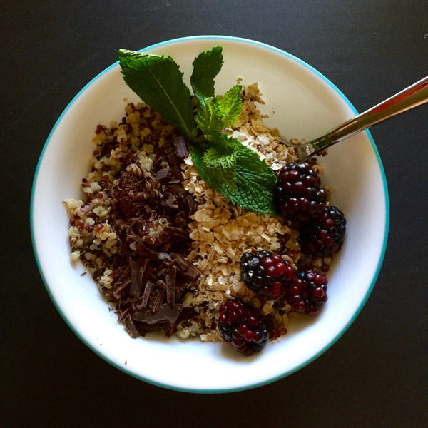 Superfood Breakfast Bowl for Pregnancy (and after!) - Mumberry