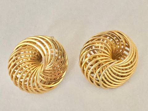 Avon Gold Tone Spiral Clip On Earrings