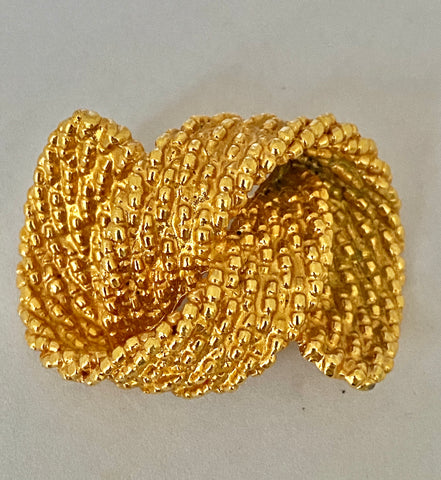 Gold Tone Knot Brooch