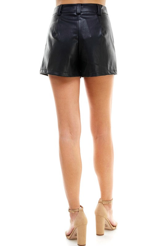 DON'T TOOT MY HORN BLACK LEATHER SHORTS | TCEC Blu Spero online shopping
