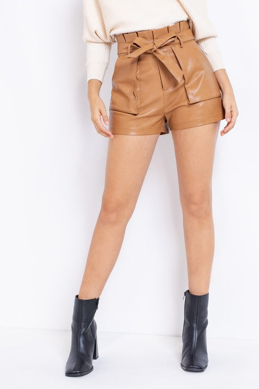 NEVER LOOK BACK PAPER BAG SHORTS | LE LIS Blu Spero online shopping