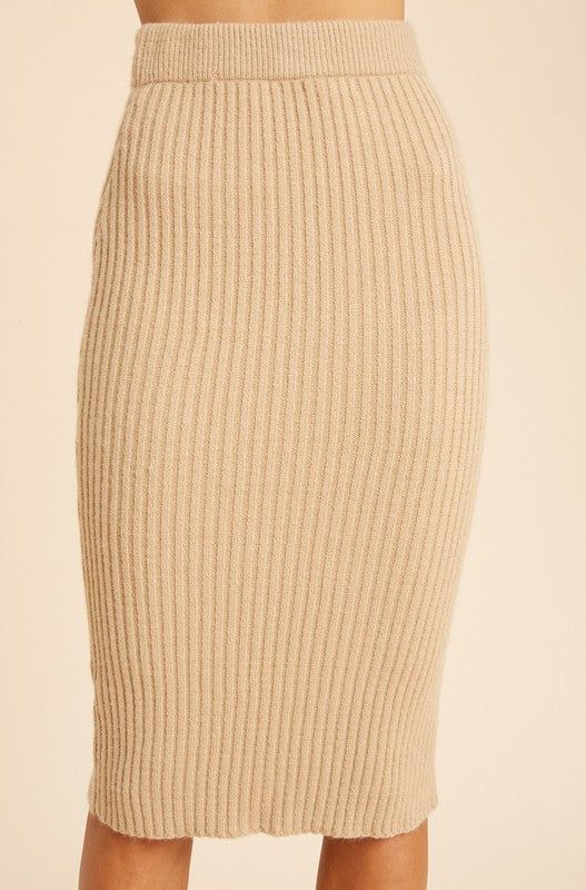 MAGICAL FALL LOVE PENCIL SKIRT | IN LOOM Blu Spero online shopping