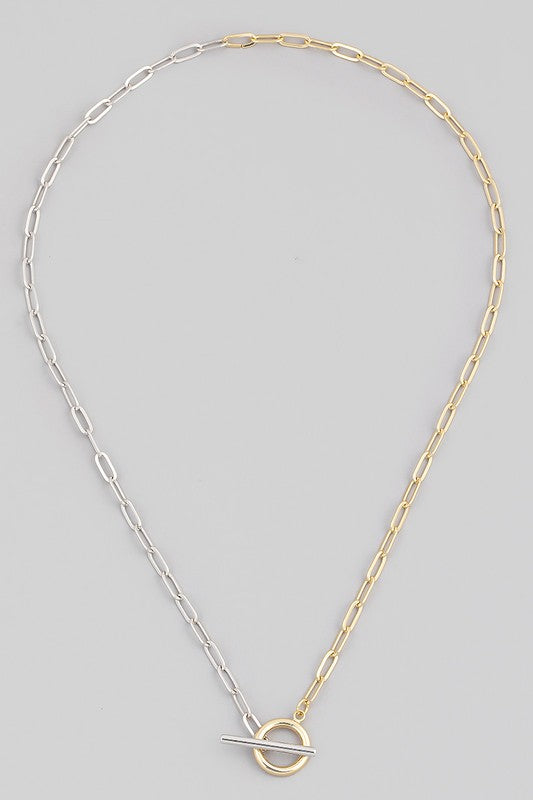 TWO-TONE TOGGLE LOCK CHAIN NECKLACE