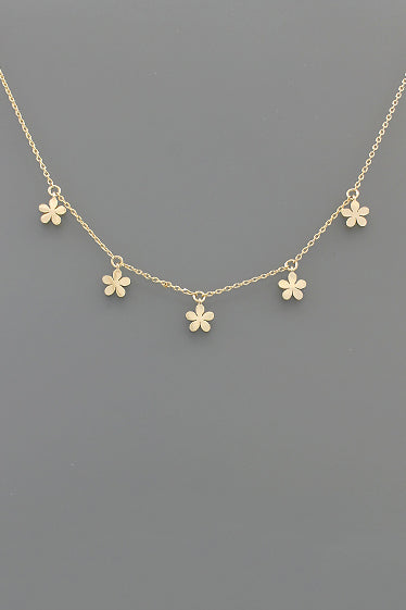 DAINTY FLOWER CHAIN
