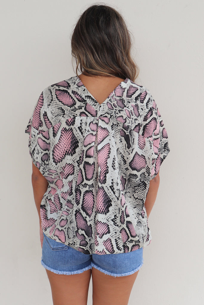 SAME OLD LOVE ANIMAL PRINT TOP