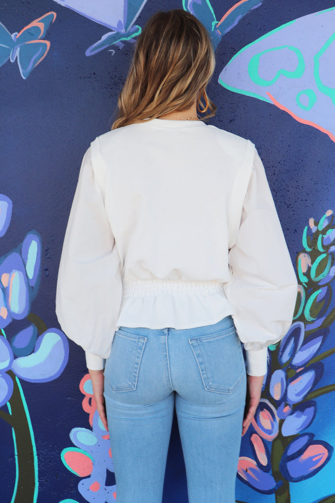 STYLE AWAY WHITE LONG SLEEVE TOP