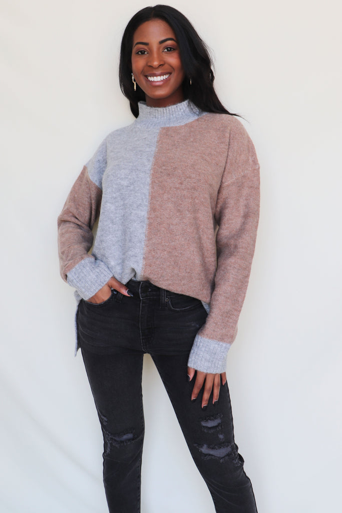 DON'T GIVE ME THAT LOOK SWEATER | MYSTREE Blu Spero online shopping
