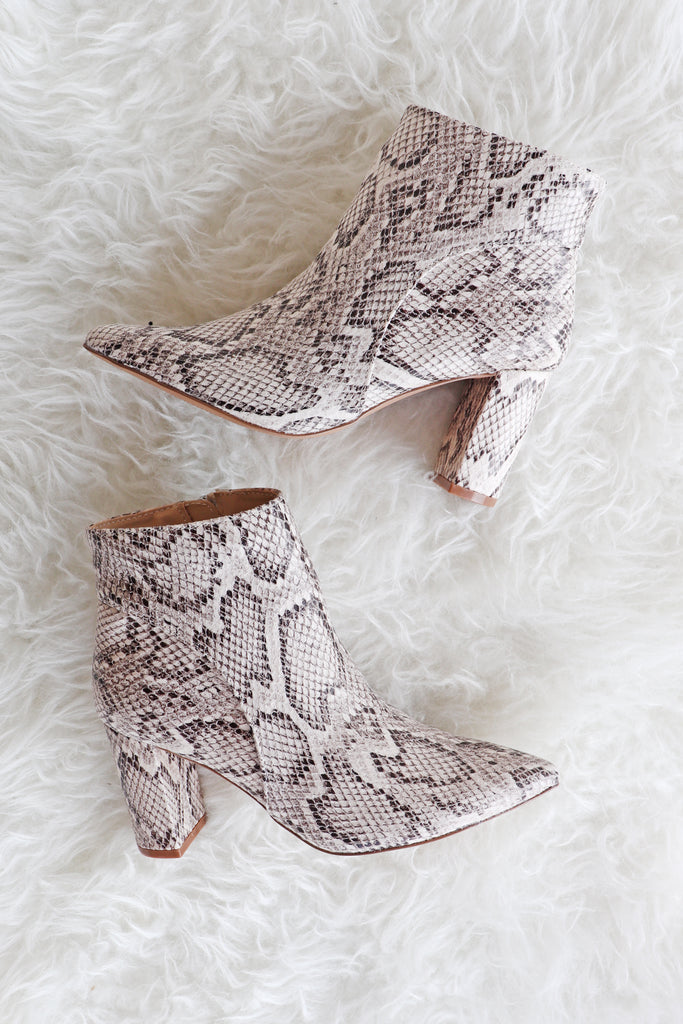 MEREDITH POINTED TOE SNAKE BOOTIES | AMA GLOBAL Blu Spero online shopping