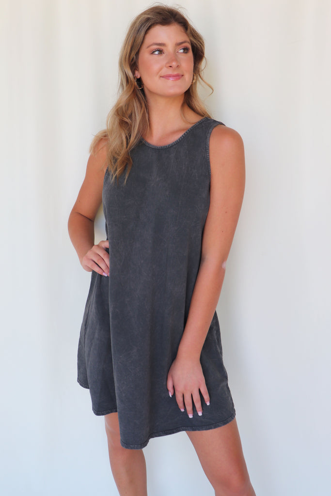 RUNNING AROUND SLEEVELESS MINI DRESS