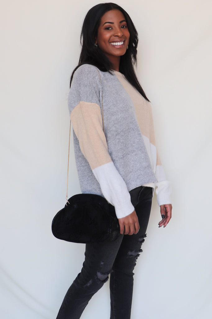 EASY NOW COLOR BLOCK SWEATER