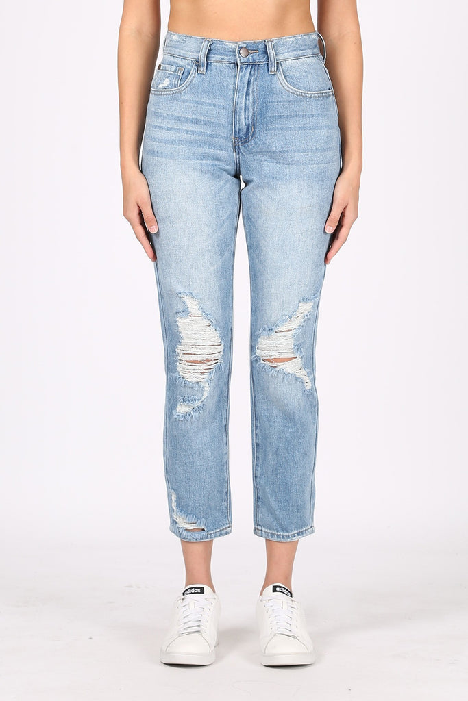 GET MOVING MEDIUM WASH DENIM