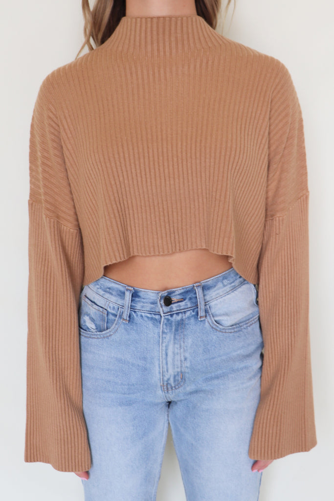 DIG DEEP CROPPED SWEATER | Olivaceous Blu Spero online shopping