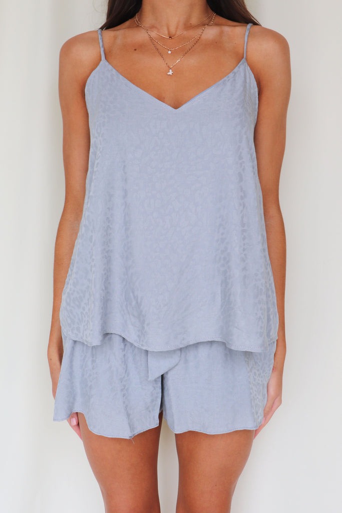 REFRESHING THE CLOSET GREY TANK TOP
