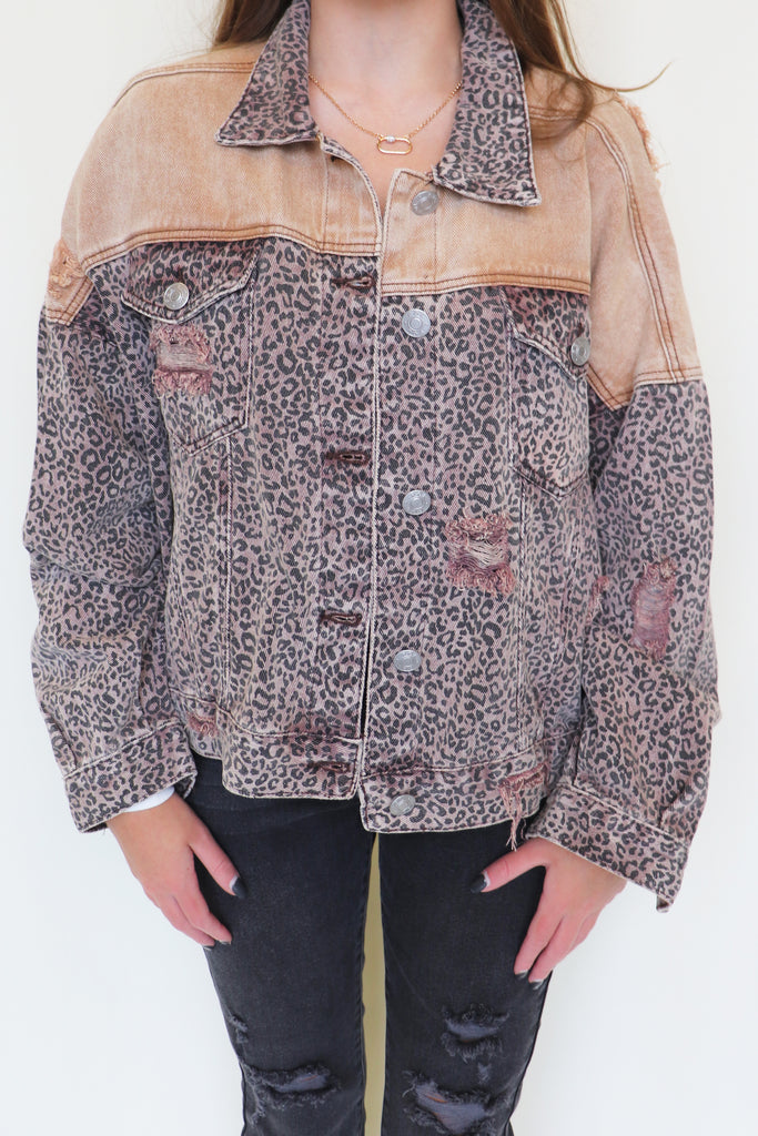 TREND REPORT LEOPARD DENIM JACKET