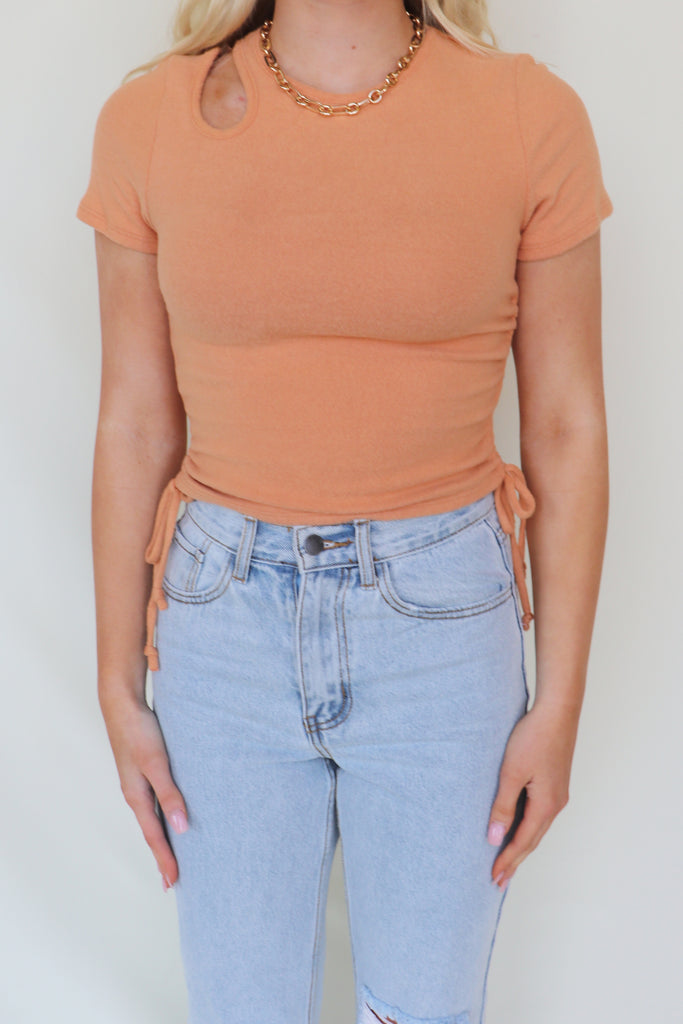 CUP OF FRUIT RUCHED CROP TOP