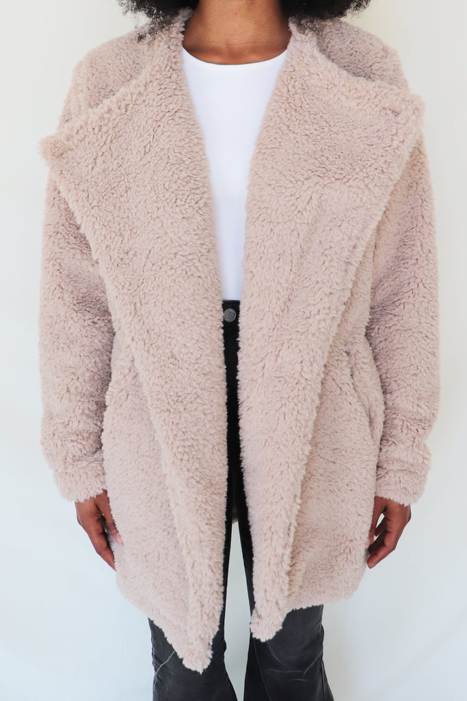 TAKE ME TO TOWN TEDDY FAUX FUR JACKET | Lush Blu Spero online shopping