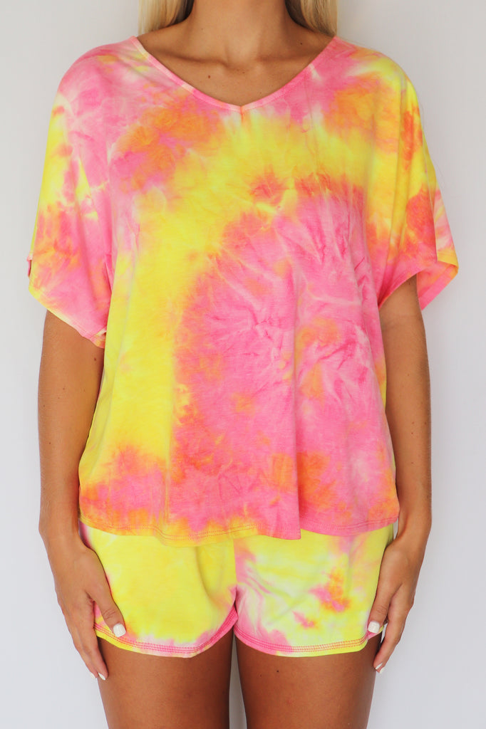 CRINKLE YOUR NOSE TIE-DYE TOP