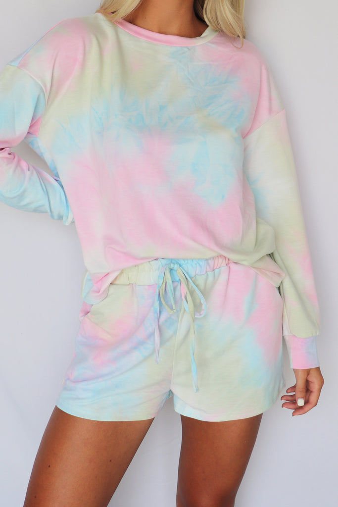 WALKING ON MOONLIGHT TIE-DYE TOP | EN CREME Blu Spero online shopping