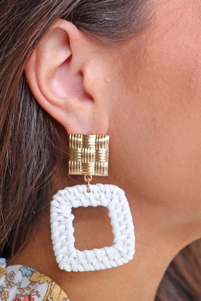 RATTAN SQUARE EARRINGS