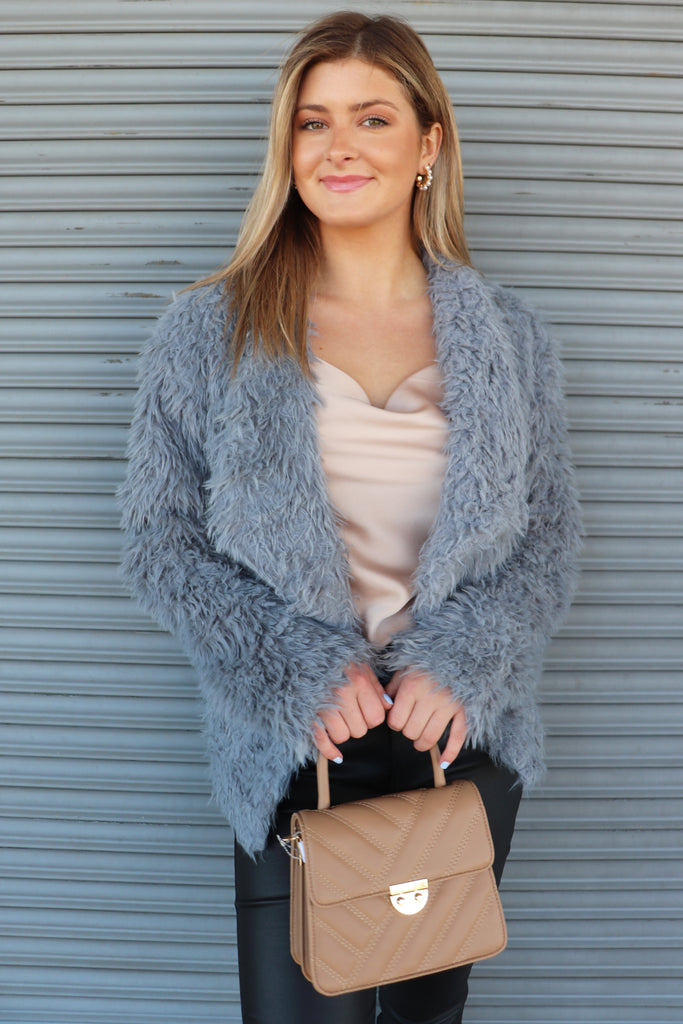 WINNING ME OVER FURRY COAT | EESOME Blu Spero online shopping
