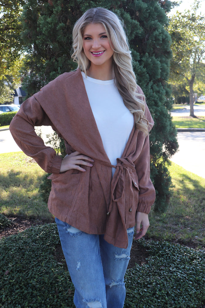 Lightweight camel jacket