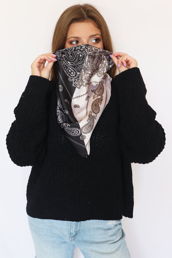 COLOR BLOCK PAISLEY SQUARE SCARF