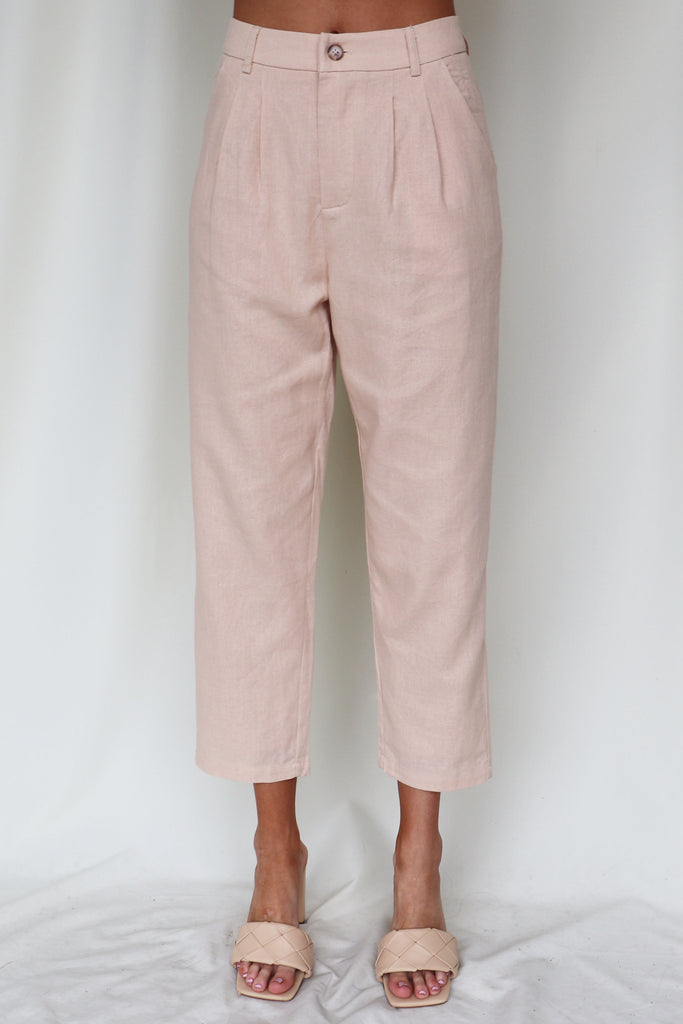 NO HOLDING BACK SLEEVELESS LINEN PANTS