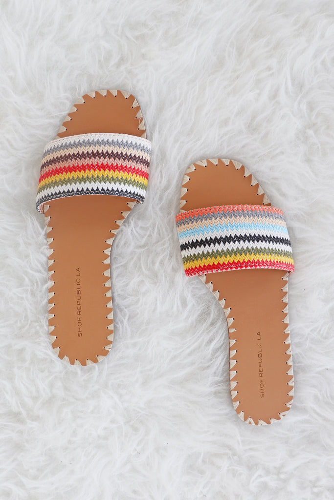 NESSA MULTICOLOR STICHED FLATS