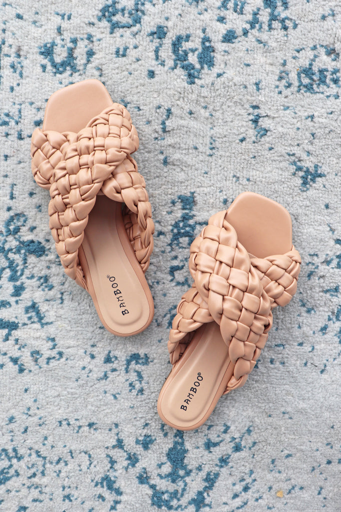 CARLYE BRAIDED BAND SANDALS