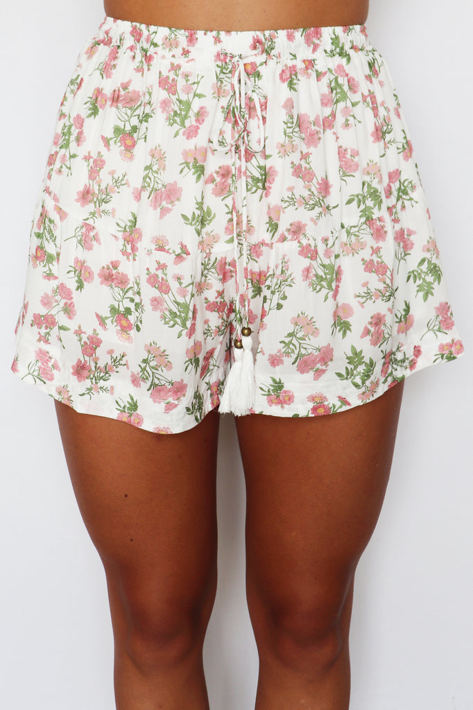 KEYS TO THE CITY FLORAL SHORTS