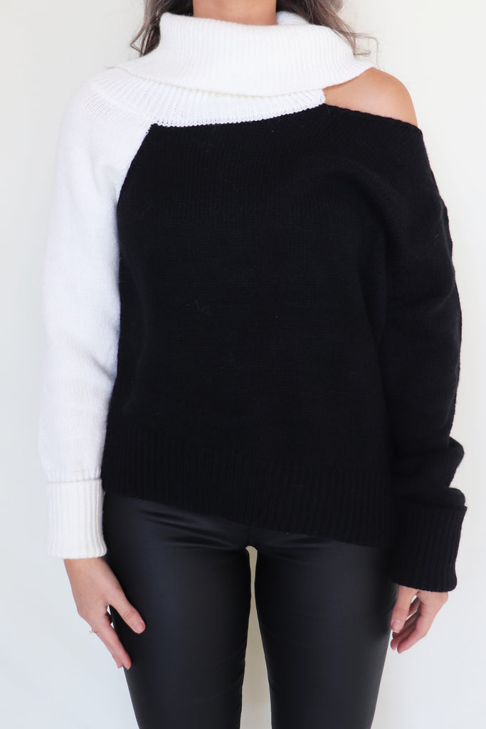 PEACEFUL HEART TWO TONED SWEATER | VENTI 6 Blu Spero online shopping