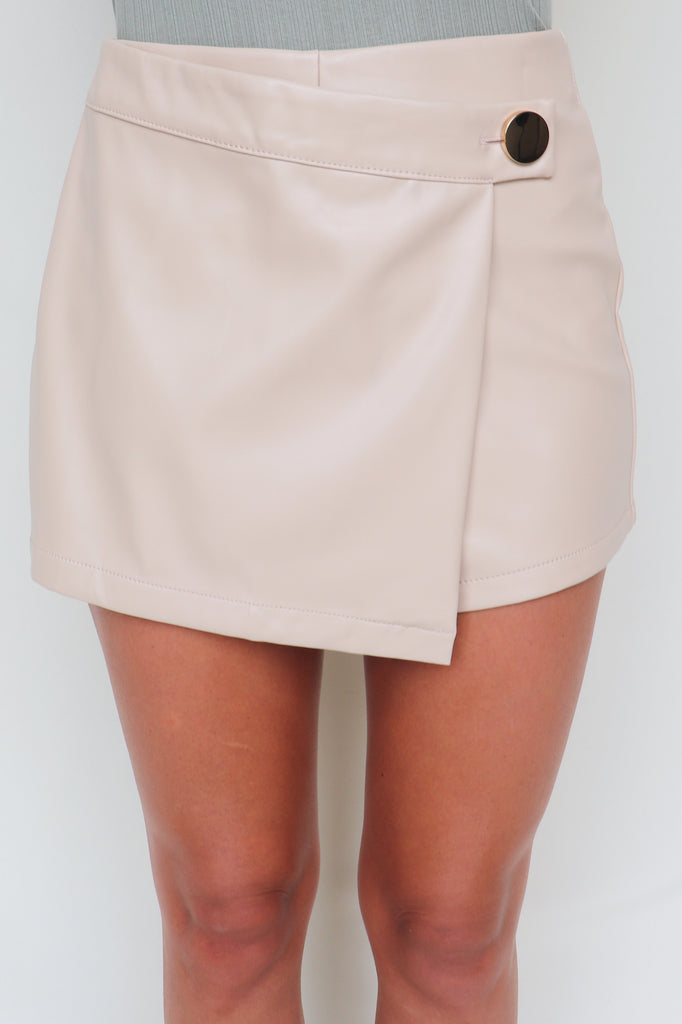 ALWAYS MINI FAUX LEATHER SKORT | IRIS Blu Spero online shopping