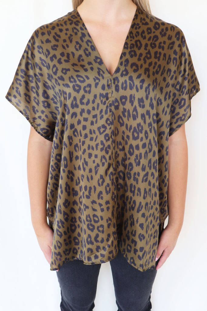 PERFECT CHOICE LEOPARD PRINT TOP | ADRIENNE Blu Spero online shopping