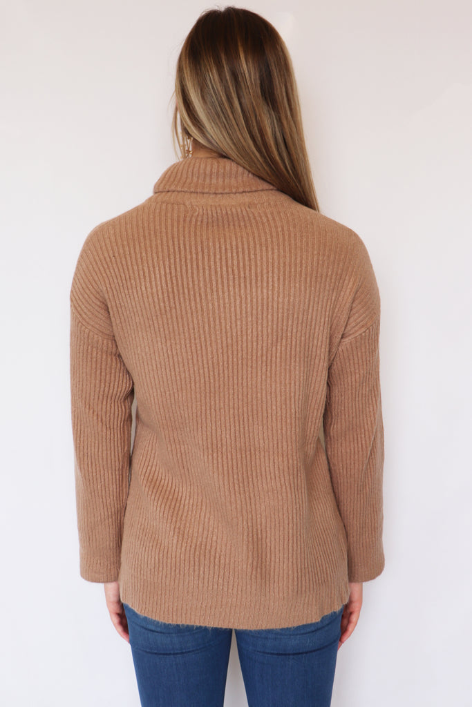 ROLL ON TURTLENECK SWEATER | Olivaceous Blu Spero online shopping