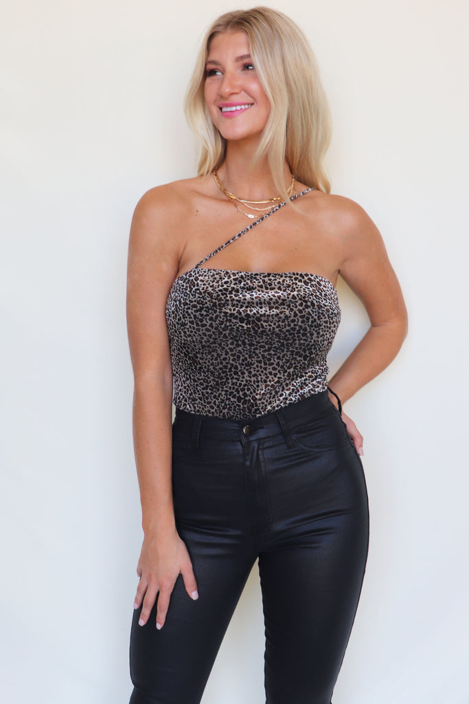ABOUT ME ONE SHOULDER BODYSUIT | LE LIS Blu Spero online shopping