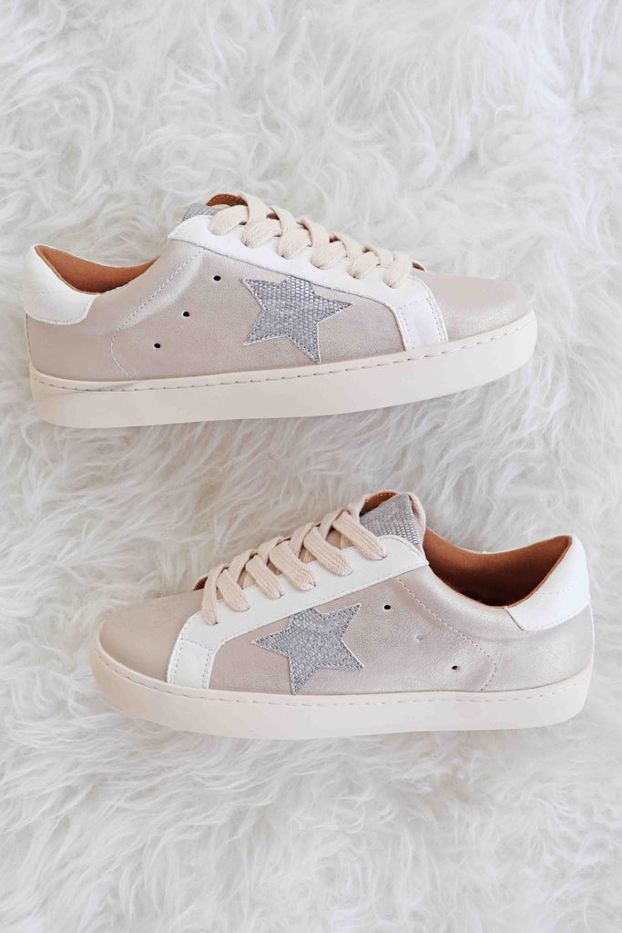AMBER MULTI-METALLIC STAR EMBELLISHED SNEAKERS