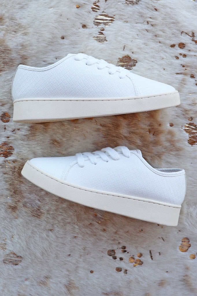 MOLLY WHITE SNEAKERS