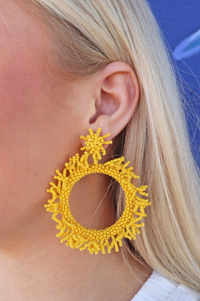 FRINGE BEAD CIRCLE EARRINGS - 2 COLORS