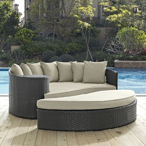 SOJOURN OUTDOOR PATIO SUNBRELLA® DAYBED IN ANTIQUE CANVAS in MANY COLORS
